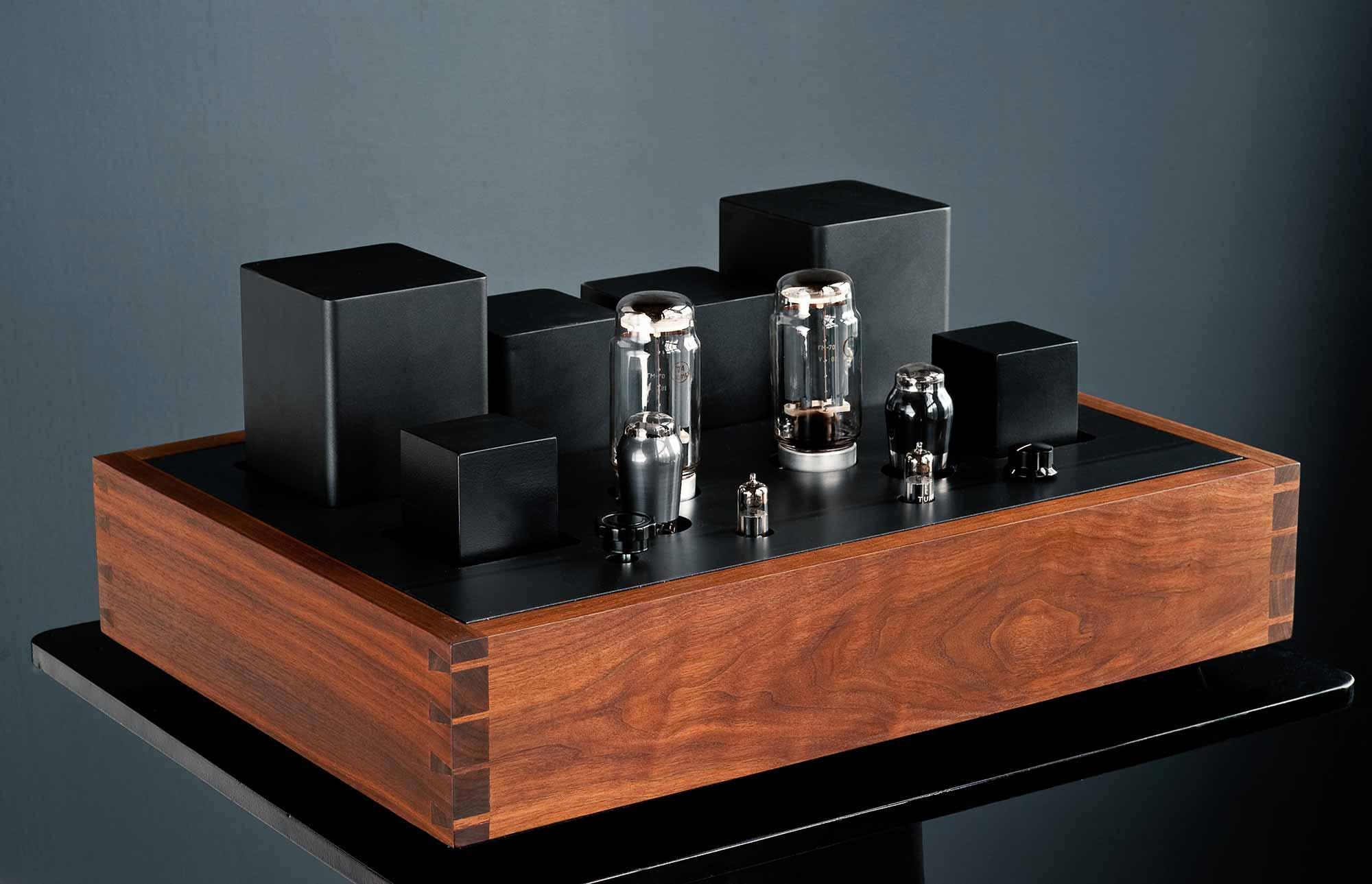 oswalds mill audio hollander oma amplifiers. Black Bedroom Furniture Sets. Home Design Ideas