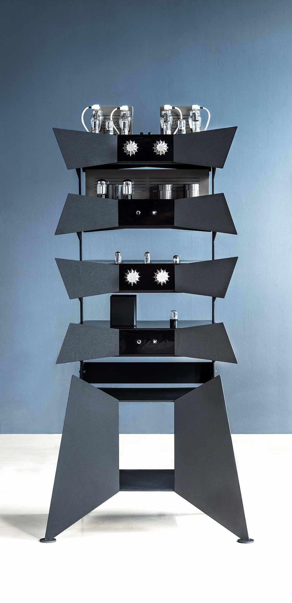 wizard high end audio blog oswalds mill audio metamorphosis amplifier rack system. Black Bedroom Furniture Sets. Home Design Ideas