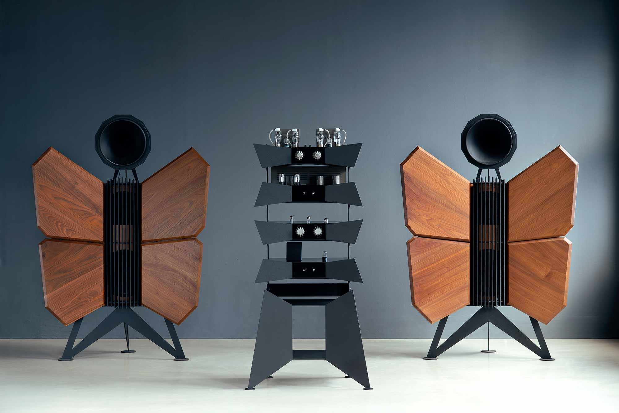 oswalds mill audio monarch oma loudspeakers. Black Bedroom Furniture Sets. Home Design Ideas