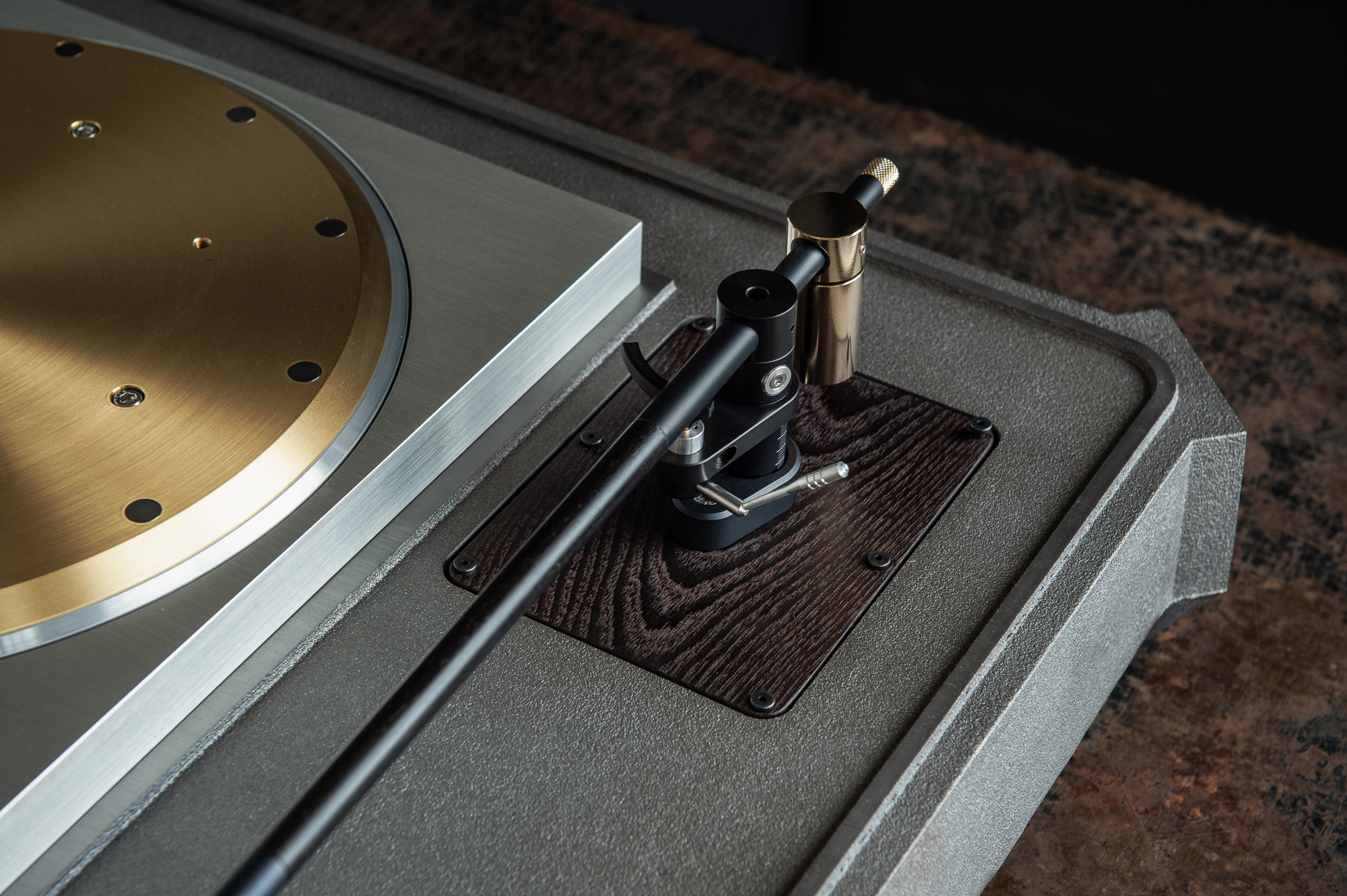 SP10 Plinth System turntable